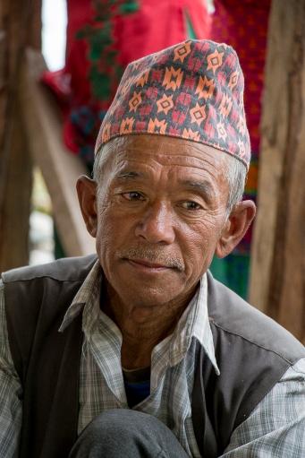 Birka Bahadur Thami on joutunut lainaamaan rahaa lääkkeisiin. Jos hän ei saa maksettua velkaansa elinaikanaan, se periytyy hänen lapsilleeen.