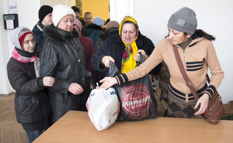 Romaniaktivistien ruokajakelun asiakkaista suurin osa on itäisen Latvian venäjänkielistä valtaväestöä.
